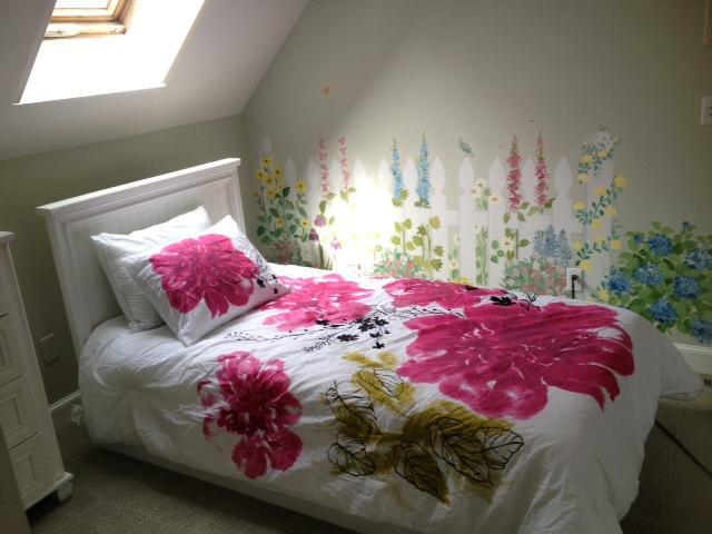 'Roger Rabbit Room'  walk in closet, ceiling fan and sky light