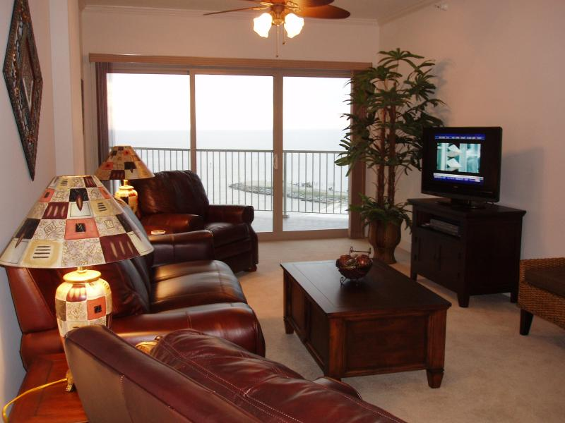 Living Room - Balcony overlooks the Gulf
