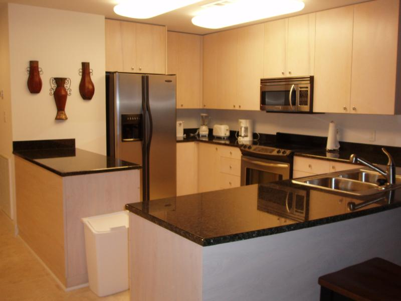Upgraded Kitchen - granite countertops and stainless appliances - fully equipped