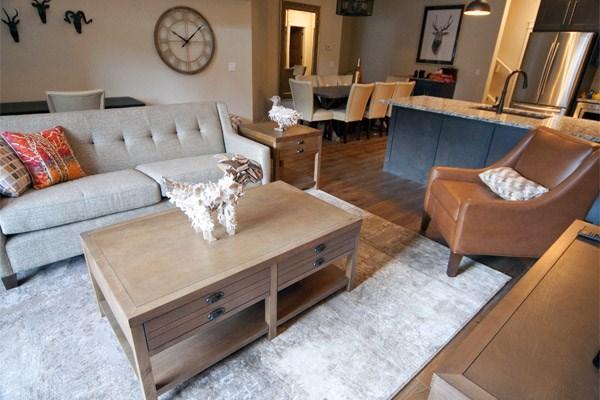 Wonderful, spacious living area with fabulous decor
