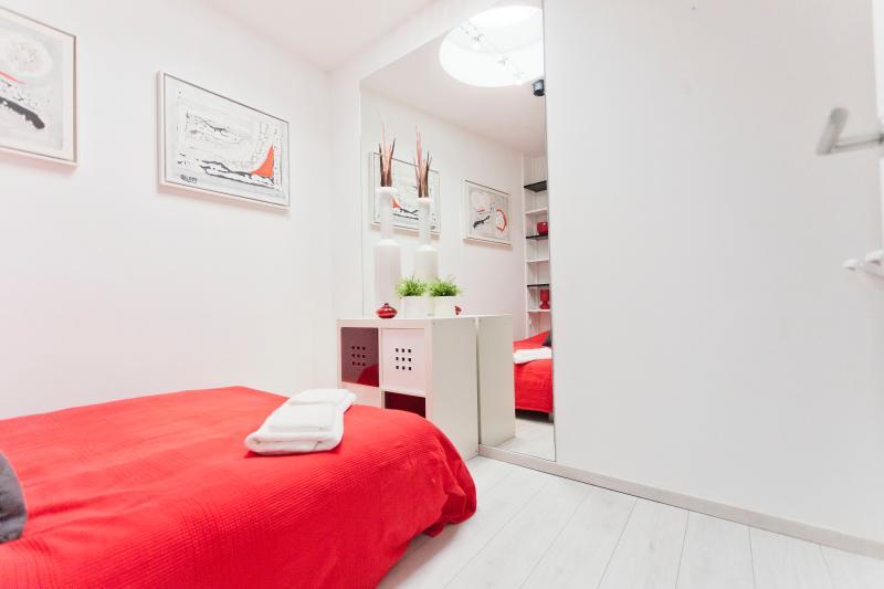 BEDROOM 4 double bed 140x200