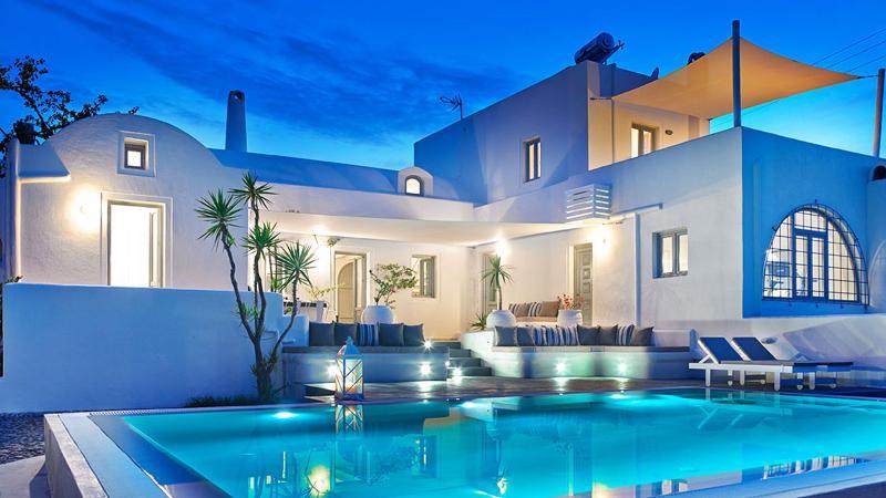 Aleria Santorini Villa | Private Luxury Villa, Ferienwohnung in Santorin