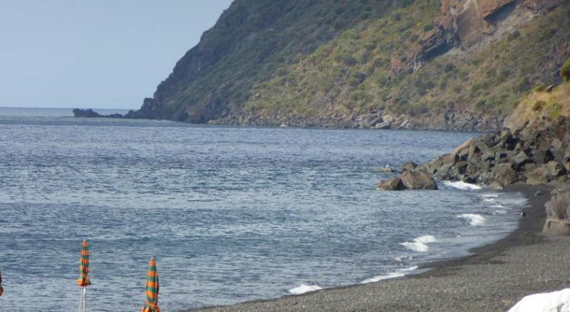 la spiaggia di scari
