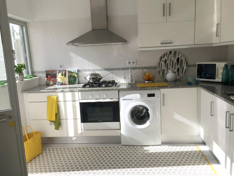 Fully equipped kitchen also with washing machine