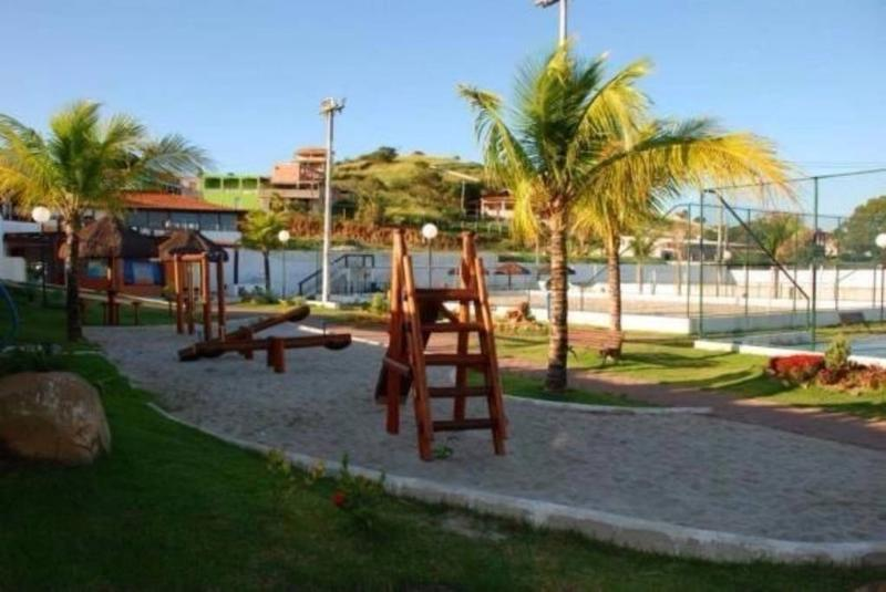 playground club