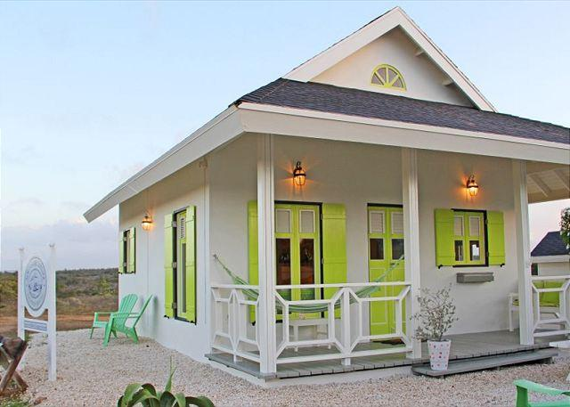 Cute cottage in nature, 3min. to hotels, Marriott,  beaches, vacation rental in Aruba