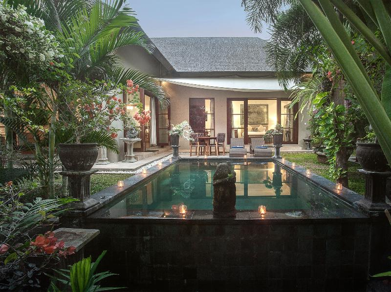 Avalon III - The villa across the pool