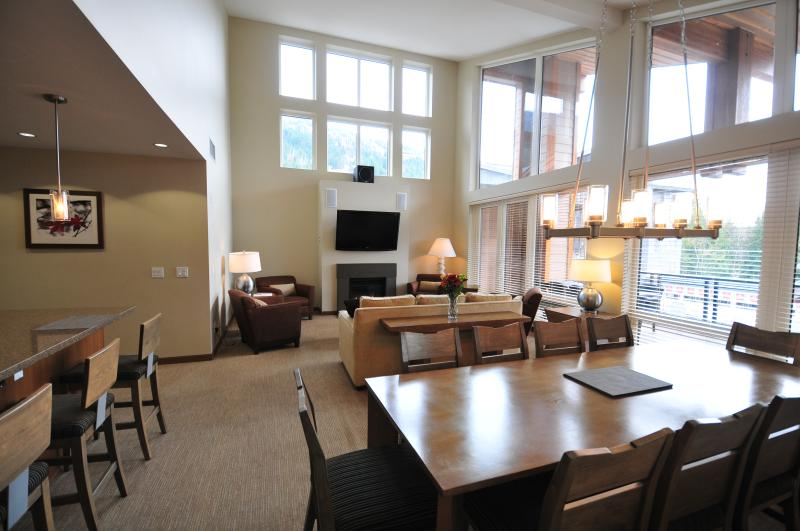 Main living, dining area.