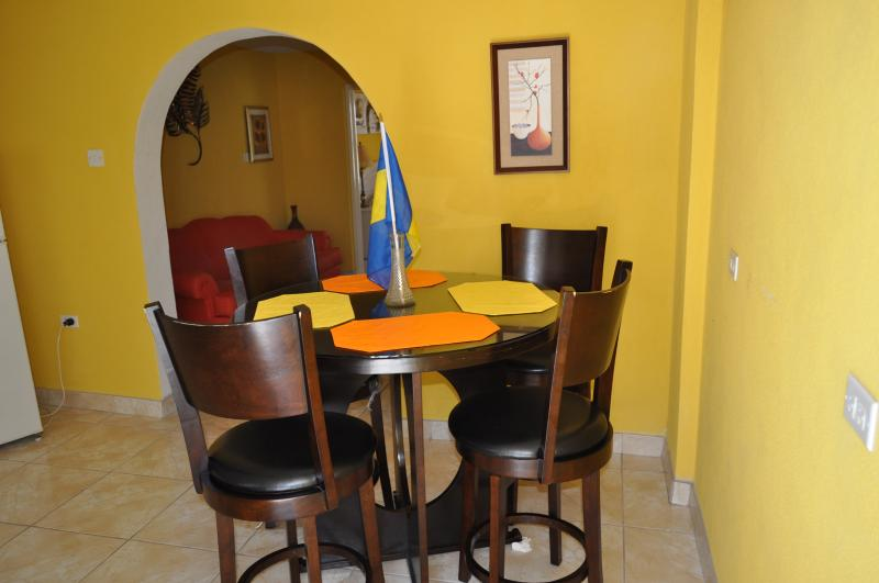 Cozy Apartment in Barbados, holiday rental in Hopefield