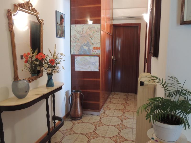 CASA VACANZE NOEMI, holiday rental in Dese