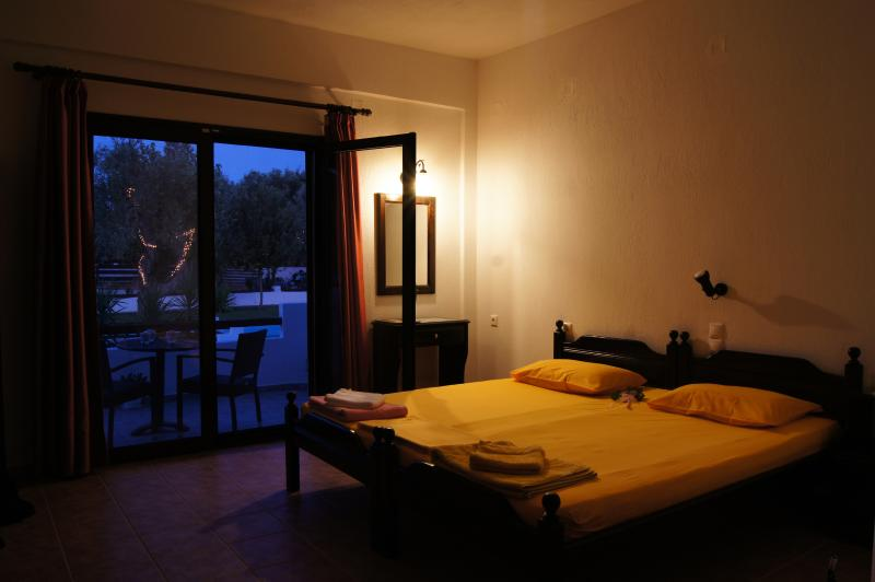 Skiathos Holiday House Studio for 3 Pers. Nr. 6, holiday rental in Megali Ammos