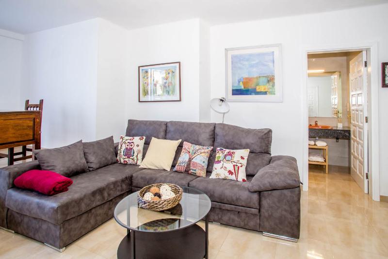 apartamento renovado espacioso y tranquilo, location de vacances à Puerto Del Carmen