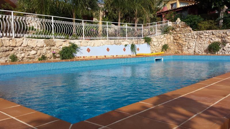 SYRACUSE IN RESIDENCE CON PISCINA AT PLEMMIRIO, location de vacances à Plemmirio