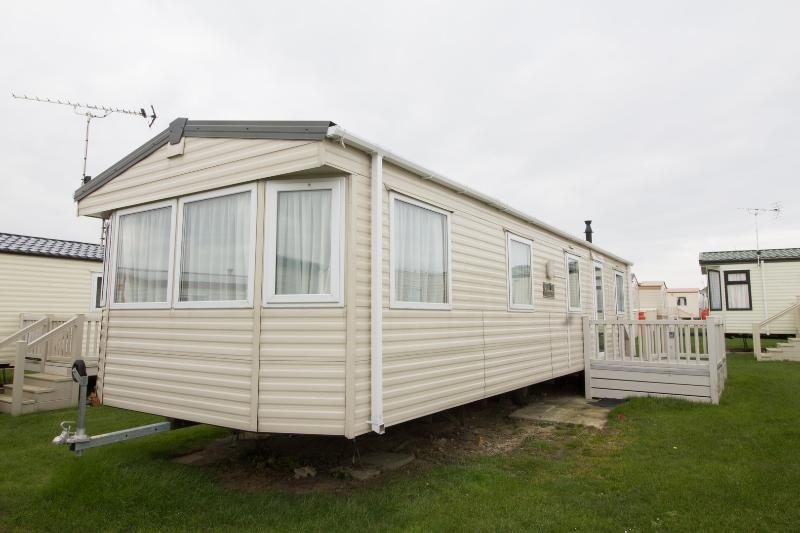 8 berth caravan for hire at California Cliffs in Norfolk.