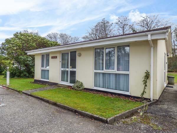 WILLOW LODGE contemporary bungalow on Rosecraddoc Lodge, air conditioning, WiFi, location de vacances à Liskeard