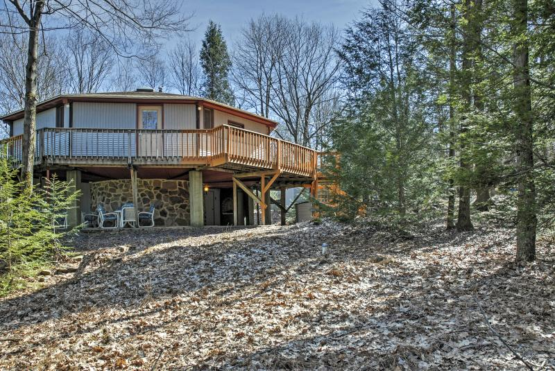 Relax beneath the deck and watch for deer and turkeys!