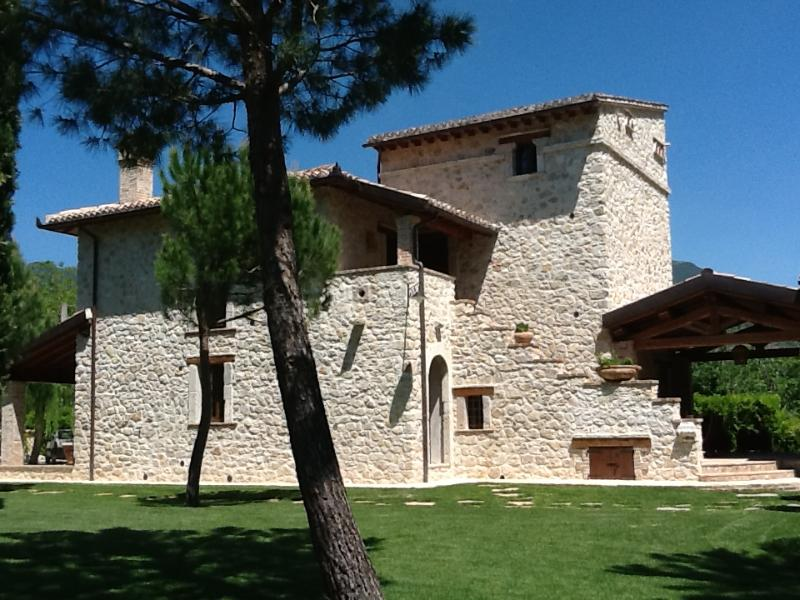 in the stone house, four apartments have been created: Lavanda, Salvia, Vaniglia, Glicine