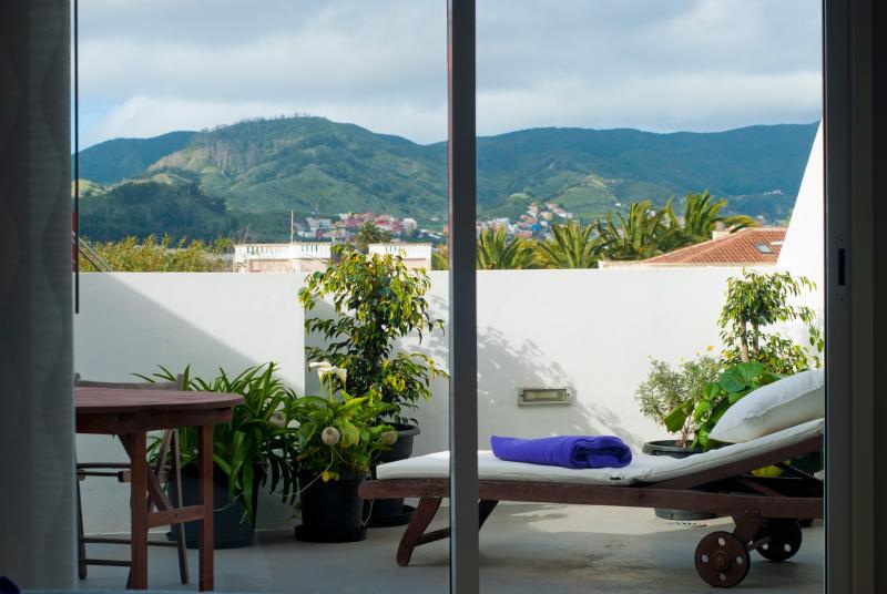 Terraza con vistas a las montañas de Anaga
