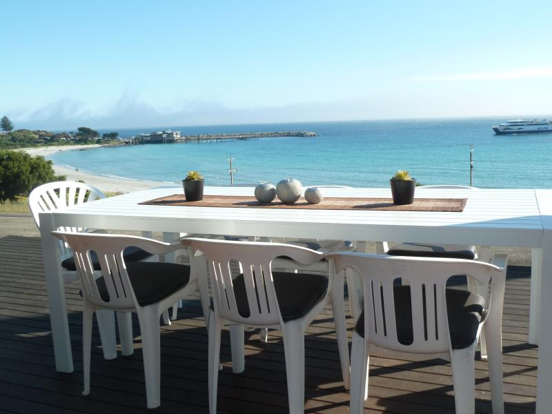 Alfresco dining over the sea