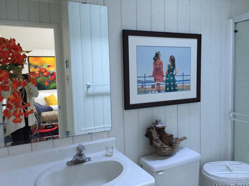 Bathroom 2 bedroom cottage