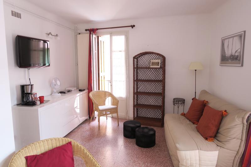 Séjour 1. étage avec 2 balcons, peut également être utilisé comme chambre à coucher, 2 canapés doubles de couchage