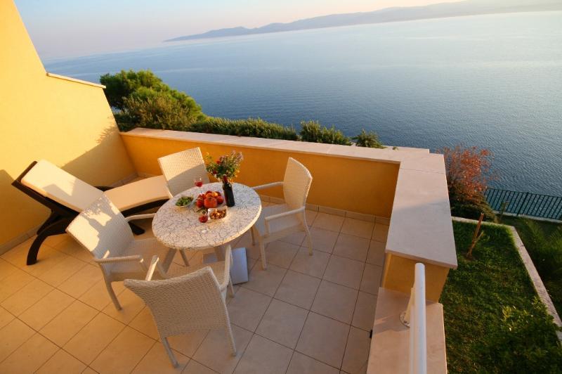 Villa Ruzmarina Sea view