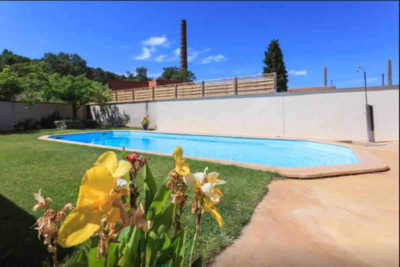 Les Lauriers Roses - Gîte avec piscine, location de vacances à Suze-la-Rousse