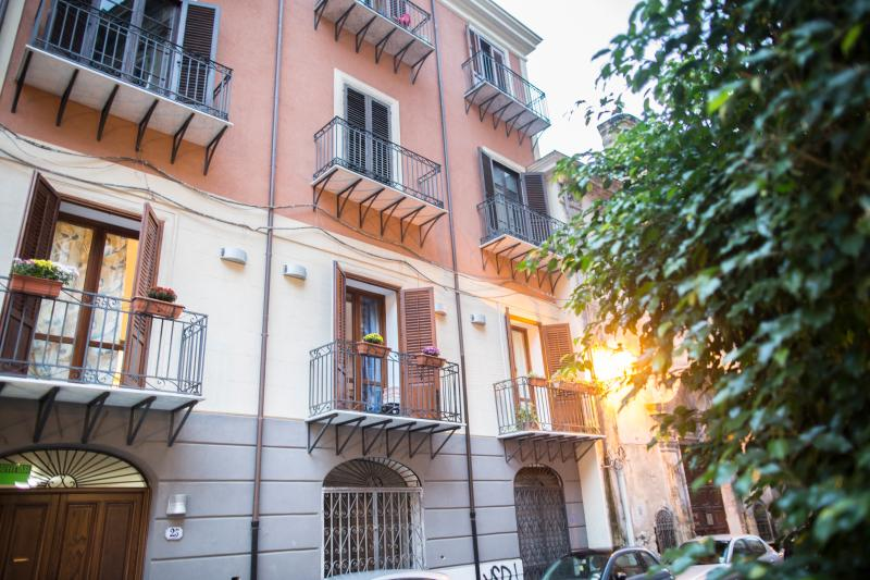 appartamento san cristoforo, holiday rental in San Nicola l'Arena