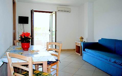 Casamicciola Terme Villa Sleeps 4 with Air Con - 5228598, holiday rental in Casamicciola Terme