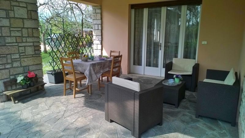 APPARTAMENTO CON PORTICO, holiday rental in Villanuova sul Clisi
