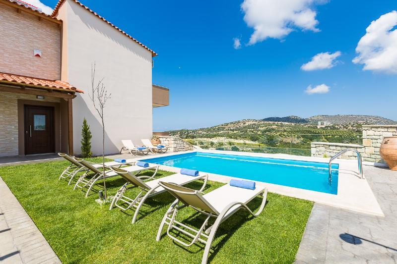 26 m2 private swimming pool!