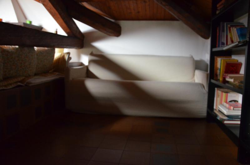 salotto angolo divano letto queen size