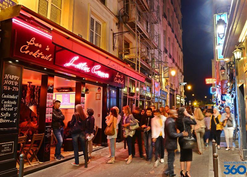 A safe neighborhood with an amazing night life.