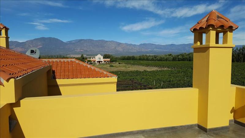 Casa La Cabra Dorada by Cafayate Holiday, holiday rental in Cafayate
