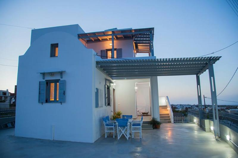 villa Aelia Santorini, vacation rental in Monolithos