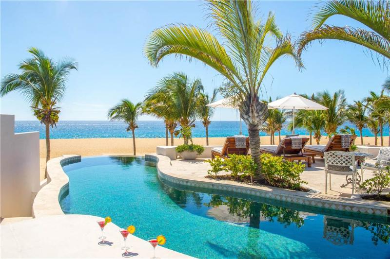 Extravagant Luxury Retreat on Pedregal Beach - Villa Pacifica, holiday rental in Cabo San Lucas