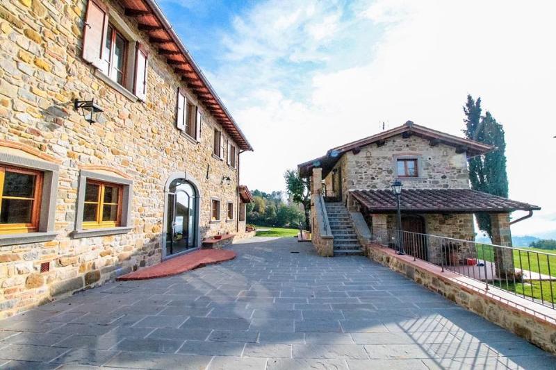 QUATA TUSCANY COUNTRY HOUSE ROMENA, holiday rental in Stia