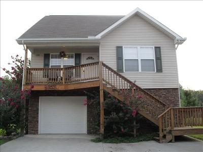 COUNTRY MEADOW CHALET-GREAT LOCATION/WI-FI/HOT TUB, vacation rental in Pigeon Forge