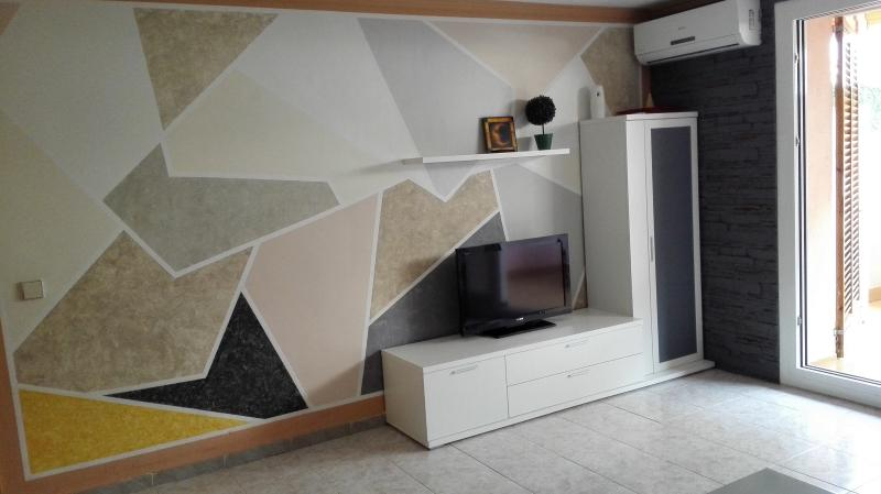 Apto planta baja en zona céntrica y tránquila., holiday rental in Platja d'Aro