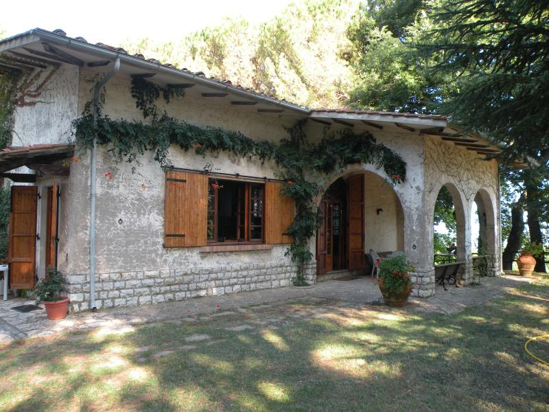 Villa d' epoca, vacation rental in Casciana Terme Lari