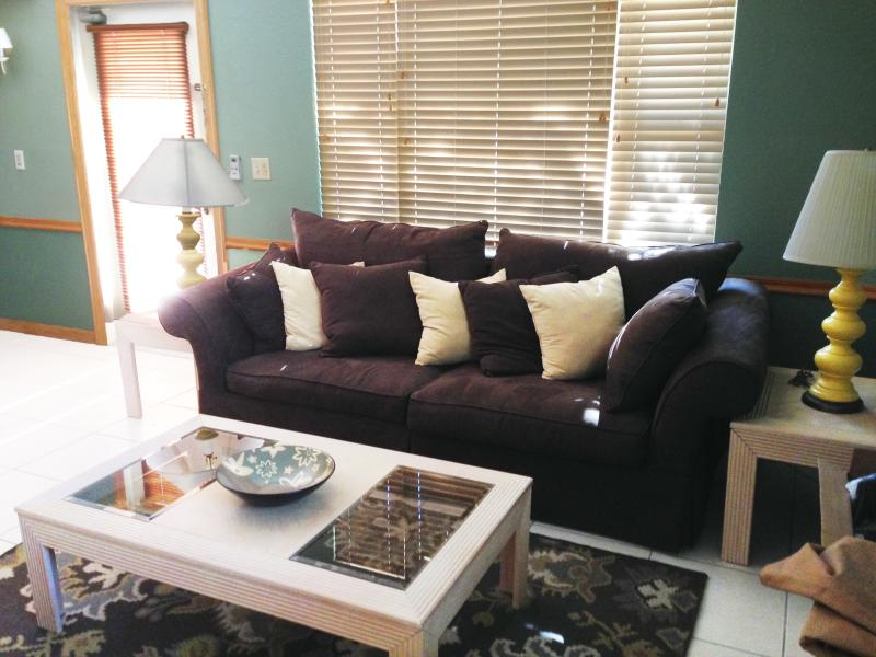 306A has a comfy, home-like atmosphere where you'll feel right at home!
