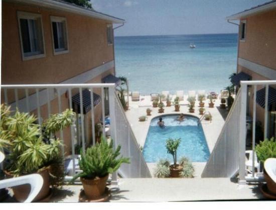 Coral Sands Resort: 2-BR, Sleeps 6, Full Kitchen, vakantiewoning in George Town