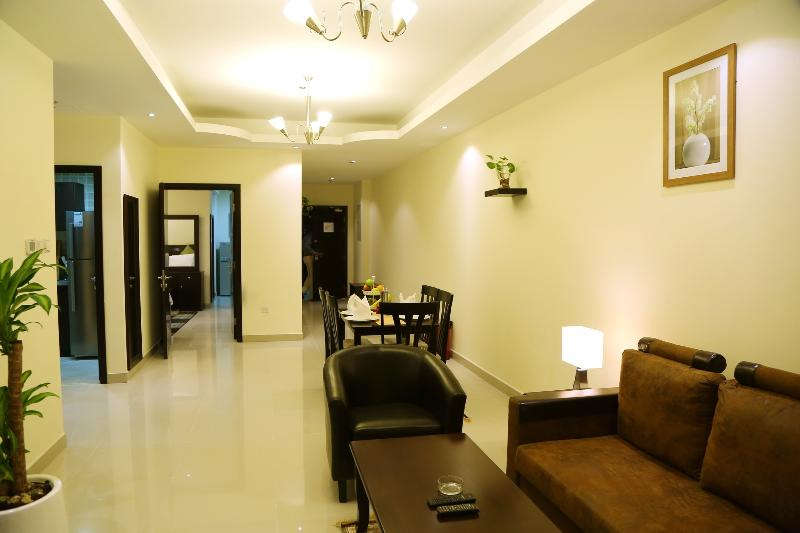 Fully Furnished 1bedroom Apartment in Al Barsha, holiday rental in Dubai