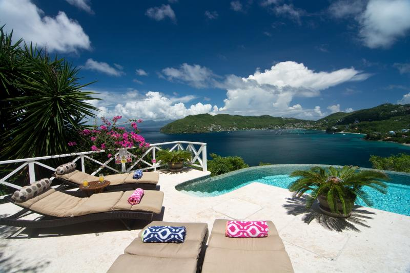 Ravenala  House, Lower Bay, Bequia, The Grenadines, vacation rental in Lower Bay
