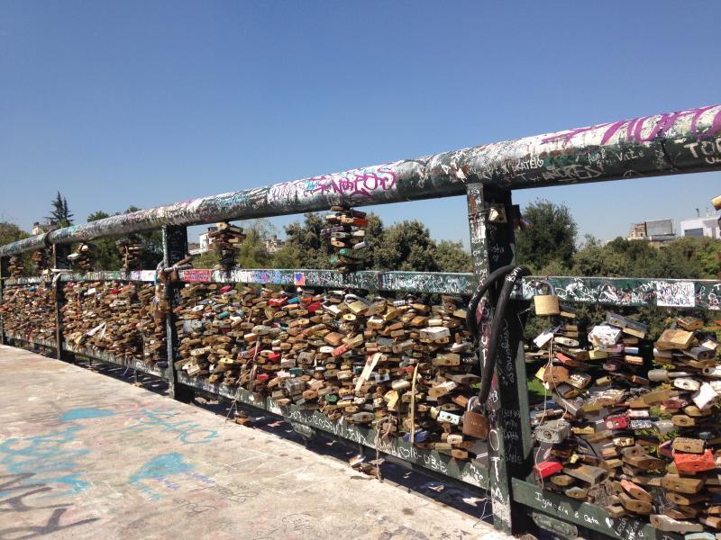 Puente de los Enamorados o de los Candados.