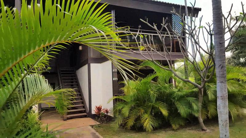 Front entrance and private lanai