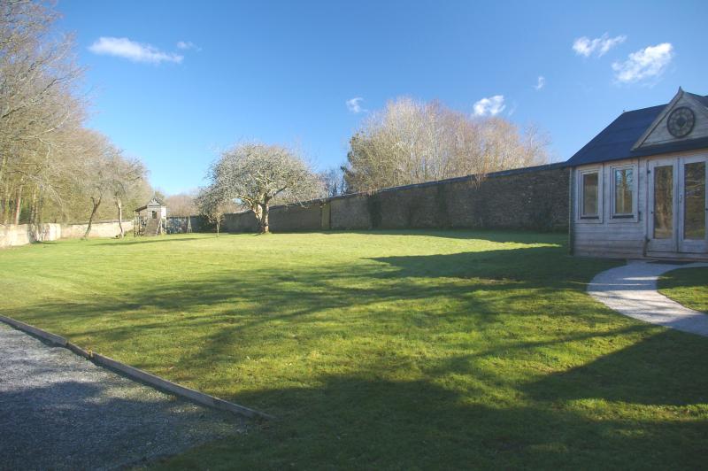 Games room in walled garden