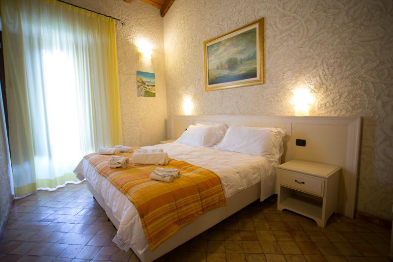 Vasca Da Bagno Zaffiro : Residenza i gioielli apartment suite zaffiro aggiornato al