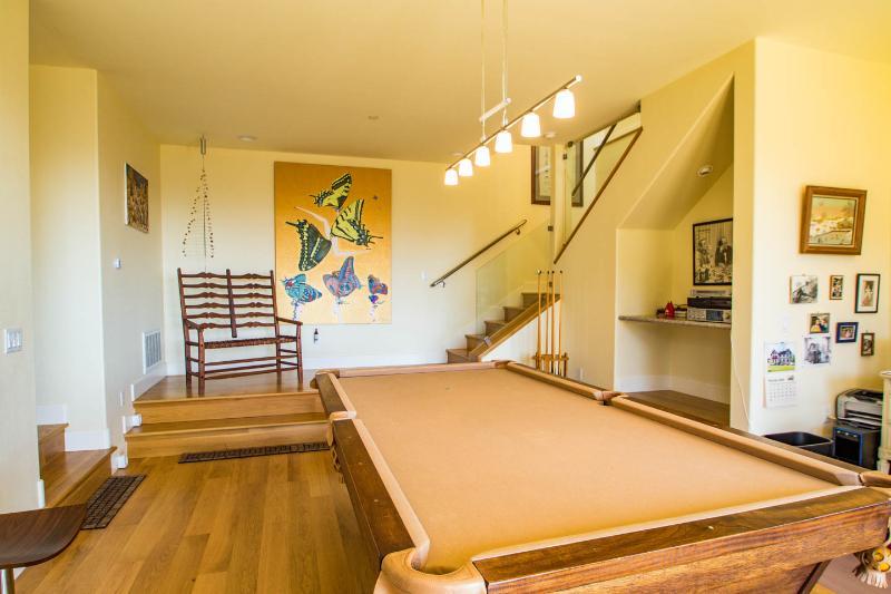 Billiards anyone??