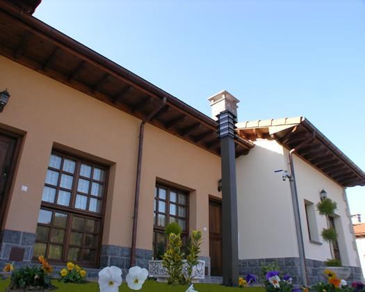 Exterior entrada apartamento con terraza